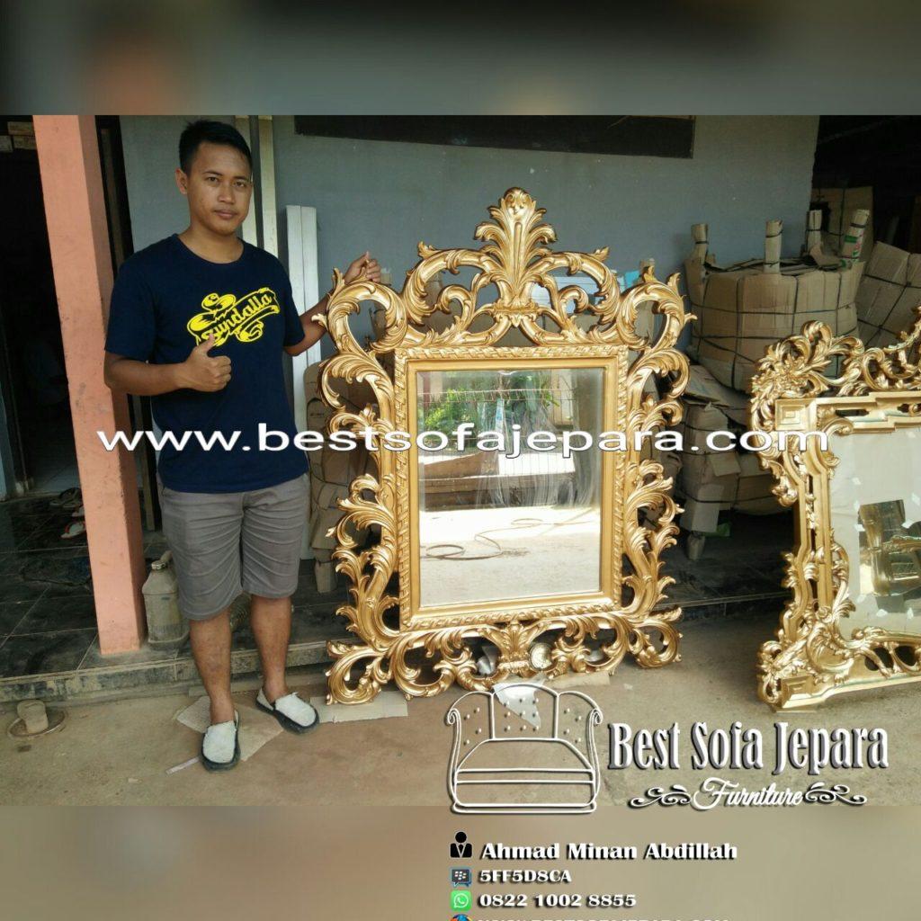 Detail frame ukir gracia